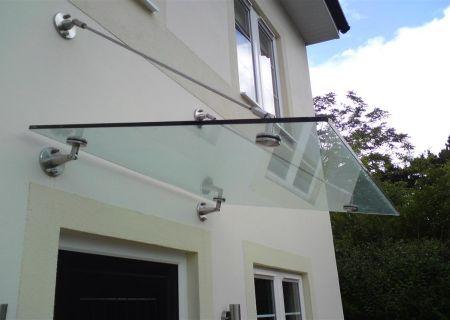 Козырек из закаленного стекла 10 мм